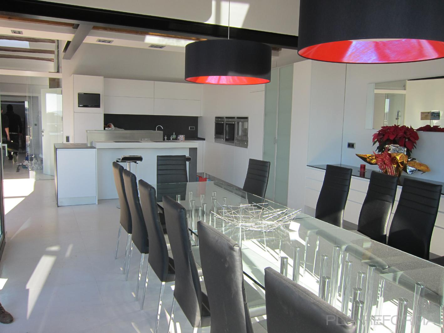 Comedor cocina style moderno color gris negro for Comedor gris moderno