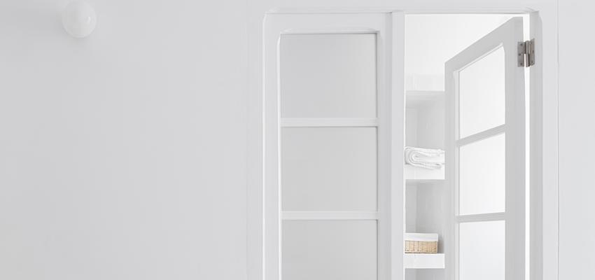 Baño, Dormitorio Estilo clasico Color blanco, negro, bronce  diseñado por PIANO PIANO STUDIO | Arquitecto | Copyright Milena Villalba