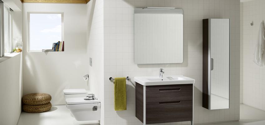 Baño style contemporaneo color marron, blanco  diseñado por ROCA    Marca colaboradora   Copyright ROCA