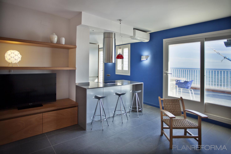 Comedor cocina style moderno color azul marron blanco gris for Comedor gris moderno
