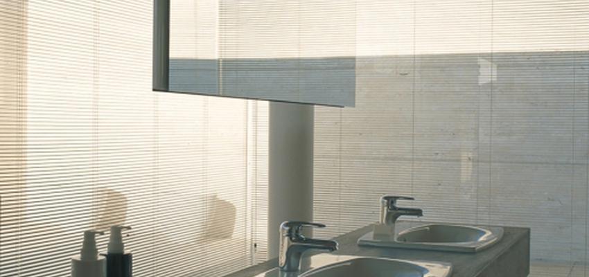Baño style moderno color beige, gris  diseñado por DURAVIT | Marca colaboradora | Copyright Copyright Duravit AG