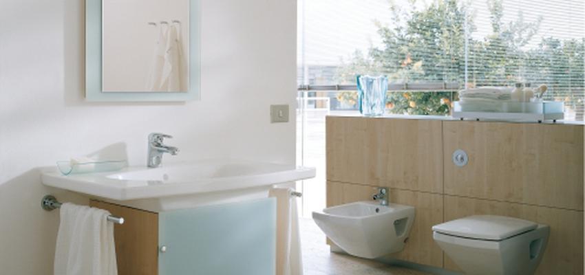 Baño style contemporaneo color marron, blanco, gris  diseñado por DURAVIT | Marca colaboradora | Copyright Copyright Duravit AG