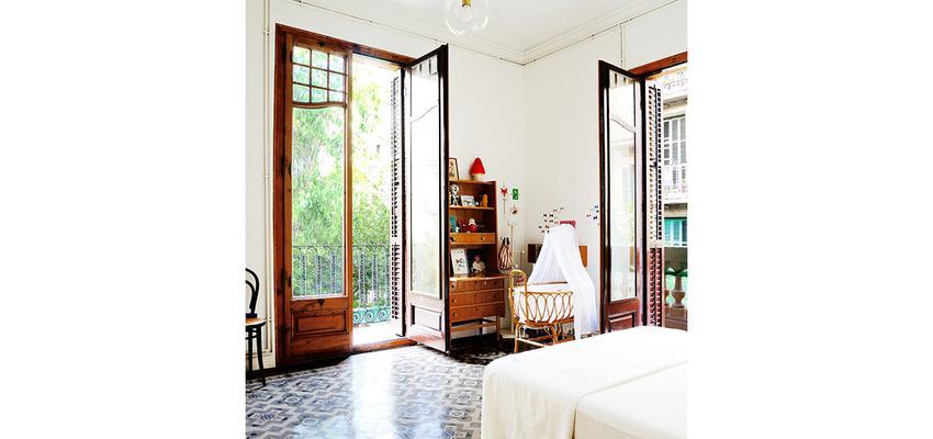 Dormitorio Estilo moderno Color marron, blanco, gris, gris  diseñado por mcd/studio | Arquitecto | Copyright soy propietario de la imagen