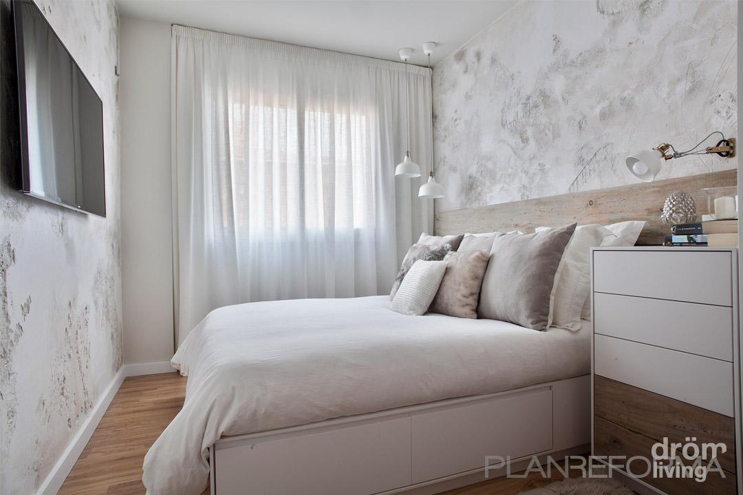 Dormitorio style clasico color beige blanco gris for Habitacion matrimonio gris