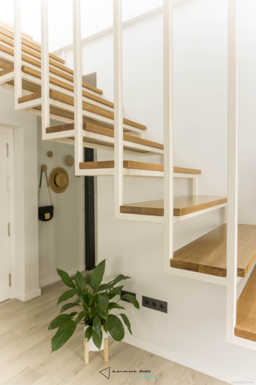 Escalera Estilo mediterraneo Color blanco  diseñado por emmme studio | Arquitecto | Copyright emmme studio