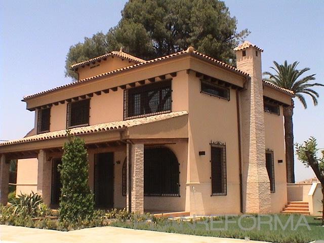 Patio, Exterior style rustico color beige, marron  diseñado por Juan Manuel Colomer Prats | Arquitecto Técnico