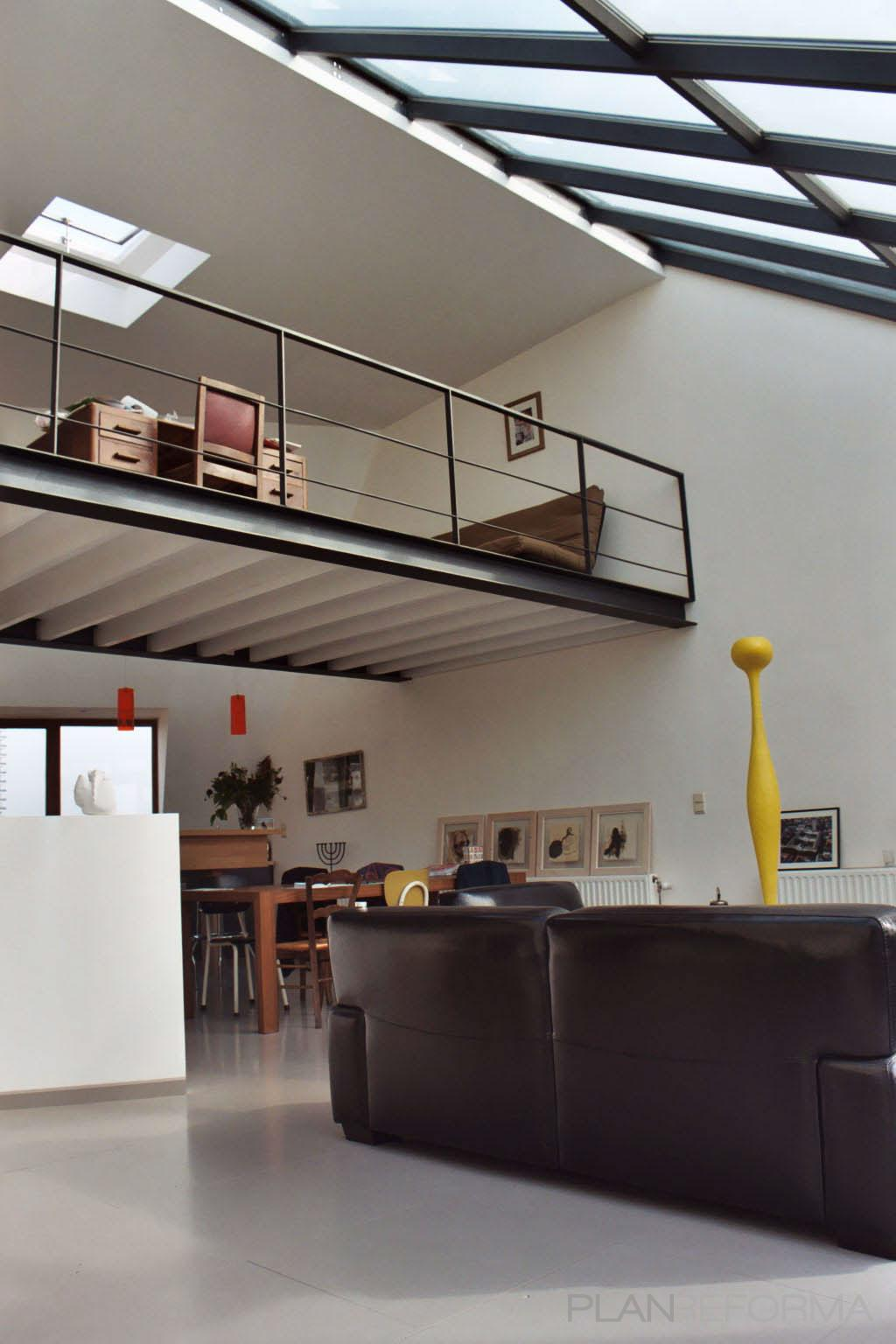 Comedor, Salon, Oficina Estilo contemporaneo Color blanco, gris, negro  diseñado por ONYON huerto creativo   Arquitecto   Copyright ONYON huerto creativo