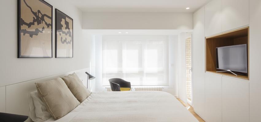 Dormitorio Estilo contemporaneo Color marron, blanco, negro  diseñado por ONYON huerto creativo | Arquitecto | Copyright ONYON huerto creativo
