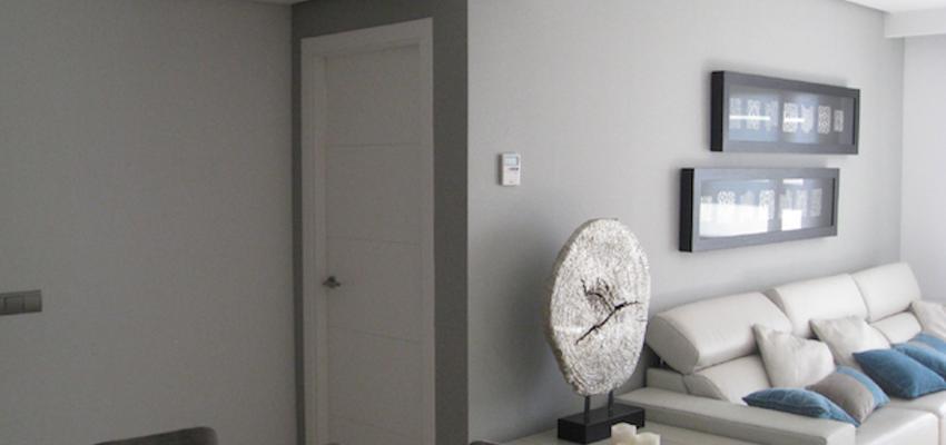 Salon Estilo contemporaneo Color blanco, gris  diseñado por gesHAB Interiorismo | Interiorista