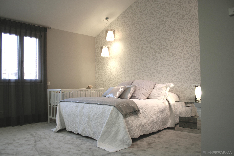 Dormitorio style contemporaneo color blanco, gris, gris  diseñado por gesHAB Interiorismo   Interiorista