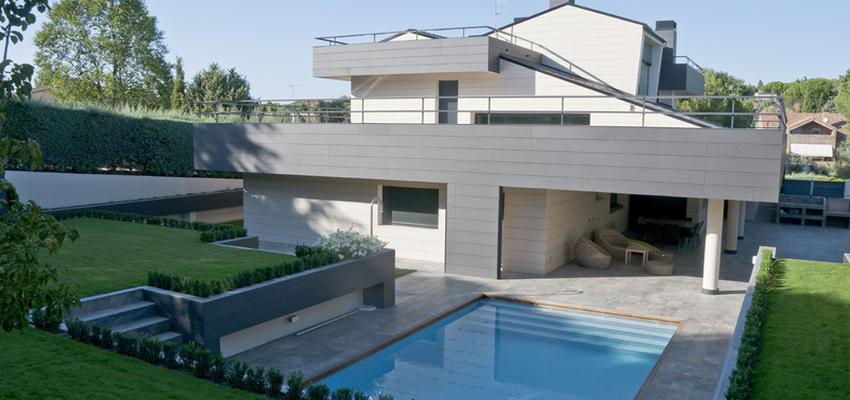 Piscina, Exterior Estilo moderno Color blanco, gris  diseñado por ERALONSO ARQUITECTOS | Arquitecto