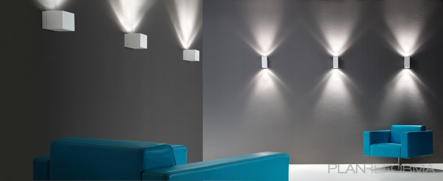 Sala de la tv salon style mediterraneo color turquesa for Sala gris con turquesa