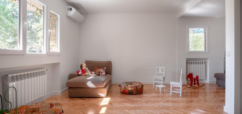 Sala de juegos Estilo vintage Color marron, blanco, gris  diseñado por Arquigestiona | Arquitecto Técnico | Copyright Arquigestiona
