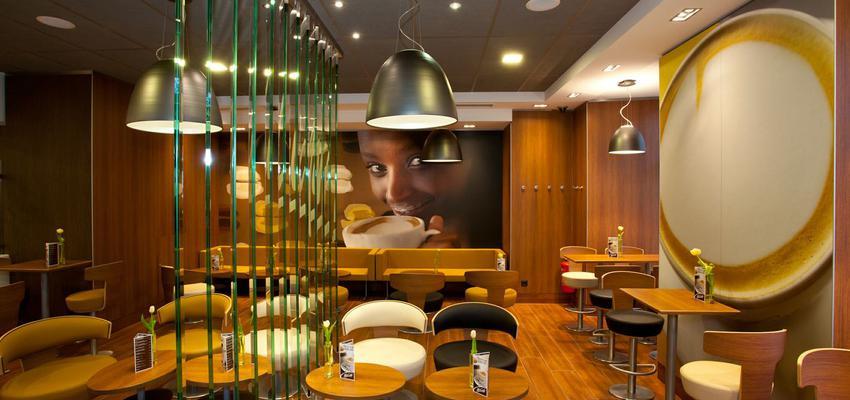 Cafeteria style vintage color beige, marron, marron  diseñado por aparici | Marca colaboradora | Copyright Aparici