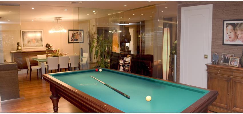 Comedor, Sala de juegos, Salon Estilo contemporaneo Color marron, amarillo, marron  diseñado por Francesc Plazas Nebot | Arquitecto | Copyright F.P.Arquitectura