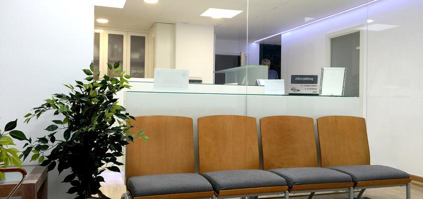 Oficina Estilo contemporaneo Color blanco  diseñado por Arquiox Idea | Arquitecto