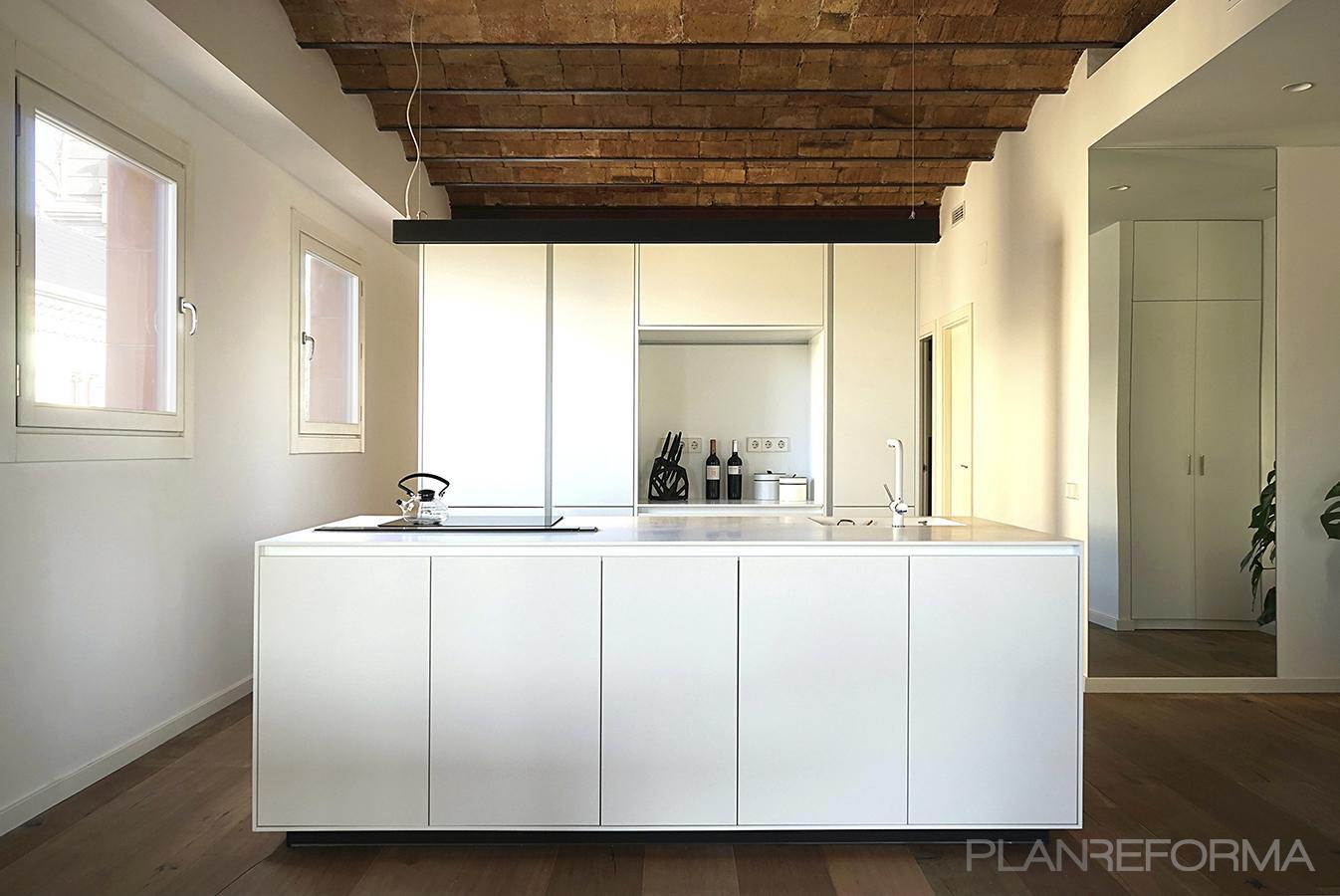 Cocina Estilo moderno Color marron, blanco, negro  diseñado por mcd/studio | Arquitecto | Copyright si