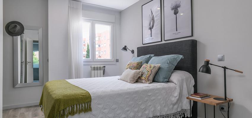 Dormitorio Estilo moderno Color verde, blanco, gris  diseñado por altia group S.L.U. | Gremio | Copyright altia Group