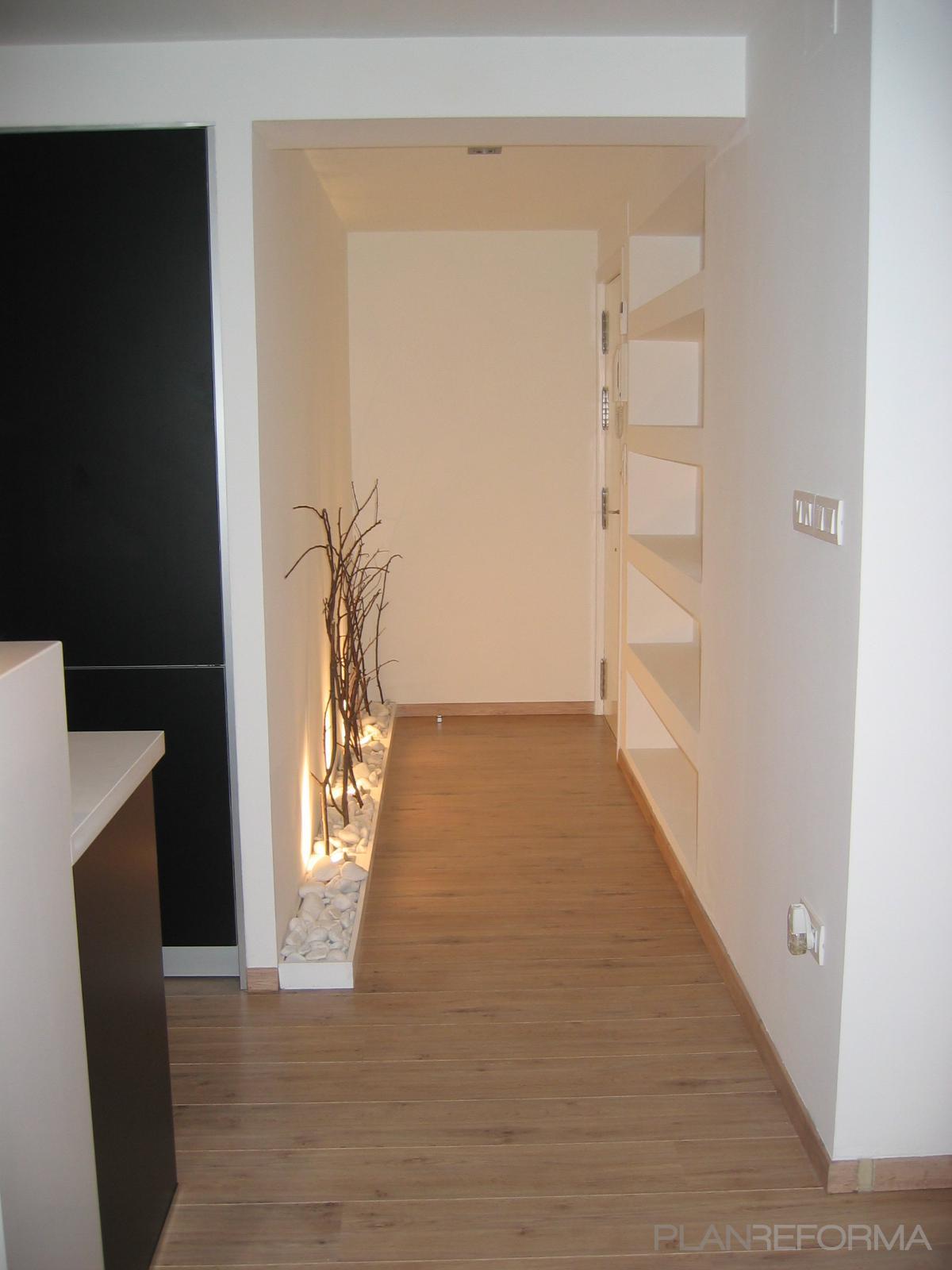 Cambiar Baño Por Vestidor:Vestidor style moderno color beige diseñado por F más E Arq, sl