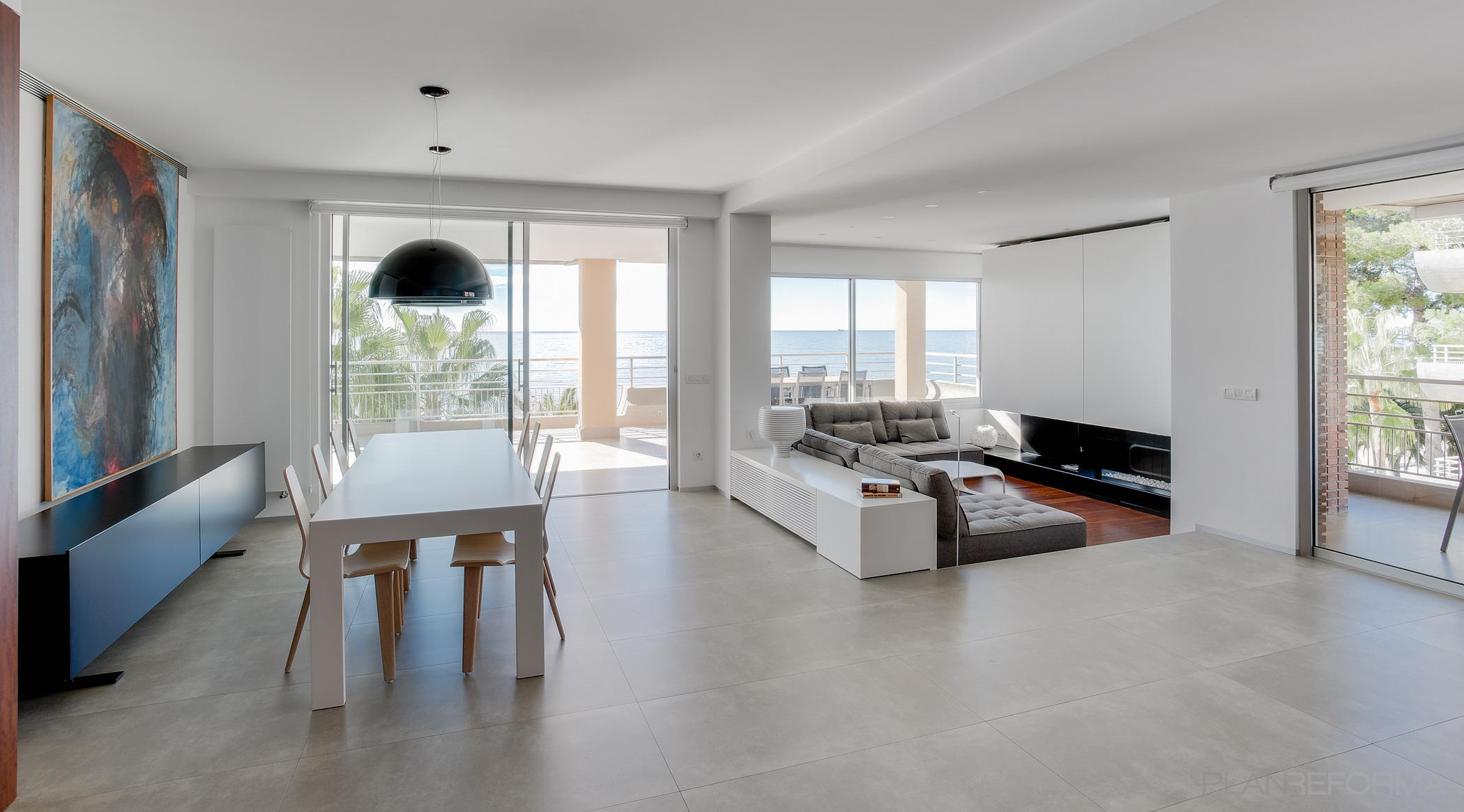 Comedor terraza salon style contemporaneo color marron - Comedor terraza ...