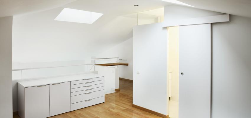 Dormitorio, Estudio, Loft Estilo vanguardista Color marron, blanco  diseñado por Estudi de Arquitectura & Eficiencia Energètica GPA S.L | Arquitecto Técnico