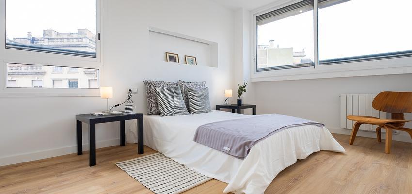 Dormitorio Estilo contemporaneo Color marron, beige, blanco  diseñado por Aquí tu Reforma   Gremio   Copyright Aquí tu Reforma