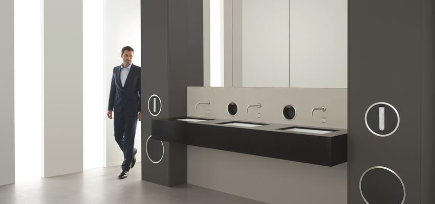 Baño style contemporaneo color blanco, gris, negro  diseñado por Vola | Marca colaboradora