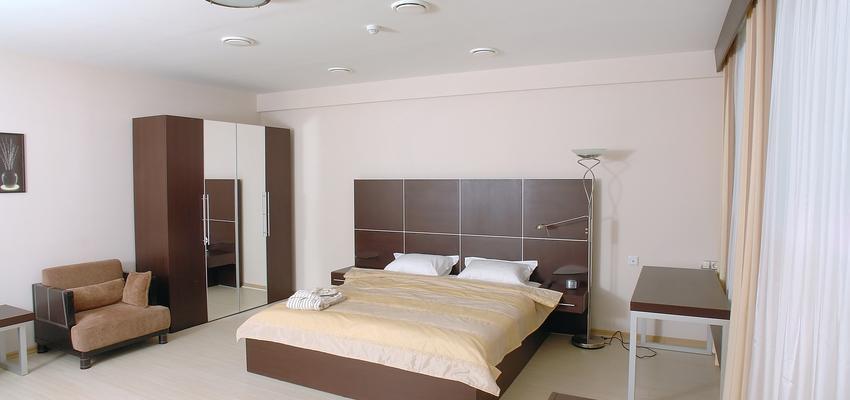 Dormitorio Estilo clasico Color marron  diseñado por Css Proyectos y Obras | Gremio | Copyright Css Proyectos y Obras