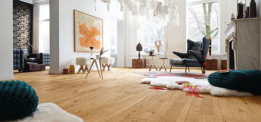 Comedor, Sala de la TV, Salon style contemporaneo color marron, blanco, gris  diseñado por PARQUÉ MEISTER   Marca colaboradora   Copyright Meister 2014