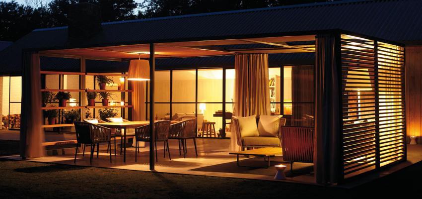 Exterior style contemporaneo color marron, negro  diseñado por KETTAL | Marca colaboradora | Copyright Kettal