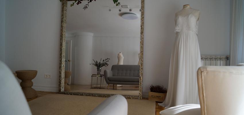 Salon Estilo vintage Color beige, blanco, gris  diseñado por Urabayen Erreformak | Gremio | Copyright Urabayen Erreformak