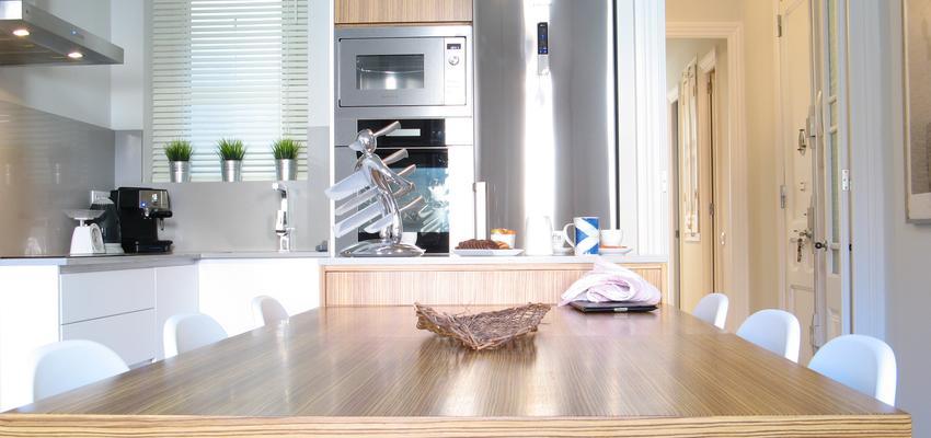 Comedor, Cocina, Salon Estilo tradicional Color ocre, gris, plateado  diseñado por Estudi de Arquitectura & Eficiencia Energètica GPA S.L | Arquitecto Técnico | Copyright gpa Arquitectura