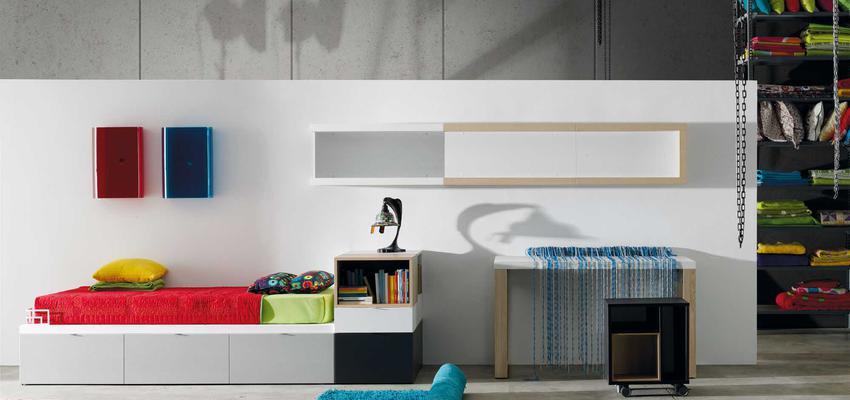 Dormitorio, Niños style moderno color rojo, verde, azul oscuro, marron, blanco  diseñado por MUEBLES LAGRAMA | Marca colaboradora | Copyright Lagrama