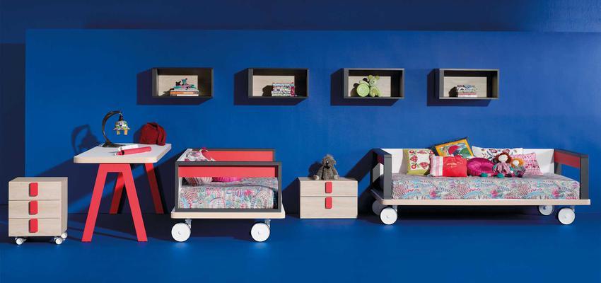 Dormitorio, Niños style moderno color rojo, marron, gris  diseñado por MUEBLES LAGRAMA   Marca colaboradora   Copyright Lagrama