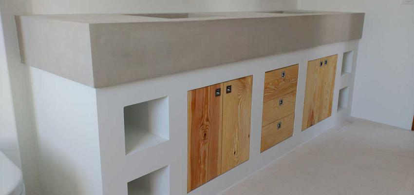 Baño, Exterior Estilo mediterraneo Color blanco, gris  diseñado por D'Interiors Girona | Gremio | Copyright Casa particular