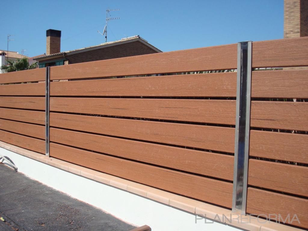 Terraza exterior jardin estilo moderno color ocre - Vallas de madera ...