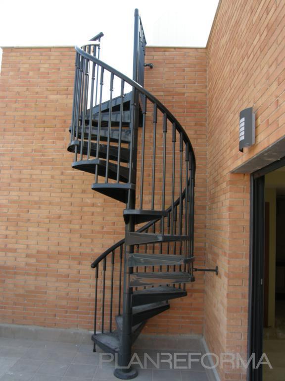 Escalera estilo mediterraneo color gris gris - Escaleras de hierro para exterior ...