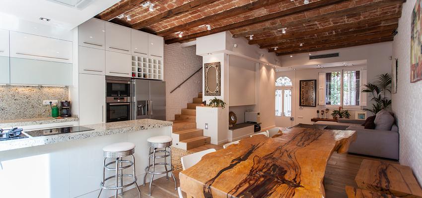 Comedor Estilo moderno Color marron  diseñado por cliparquitectes | Arquitecto | Copyright cliparquitectes