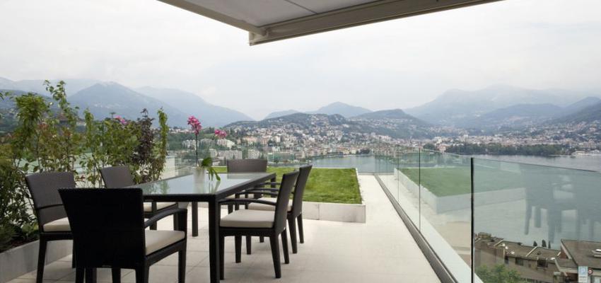 Terraza style contemporaneo color beige, marron  diseñado por Comenza | Marca colaboradora | Copyright Comenza