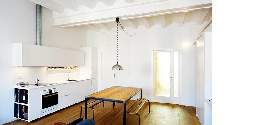 Comedor, Cocina Estilo moderno Color marron, blanco, negro, plateado  diseñado por mcd/studio | Arquitecto | Copyright soy propietario de la imagen