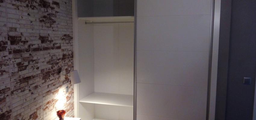 Dormitorio Estilo moderno Color ocre  diseñado por AKTUAL Diseño y Obra   Gremio   Copyright AKTUAL