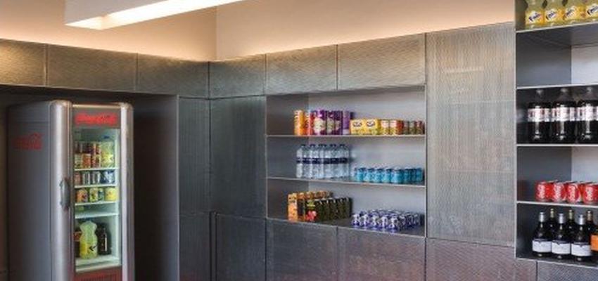 Vestibulo Estilo moderno Color gris  diseñado por GRUPO CONERYS | Gremio | Copyright Si