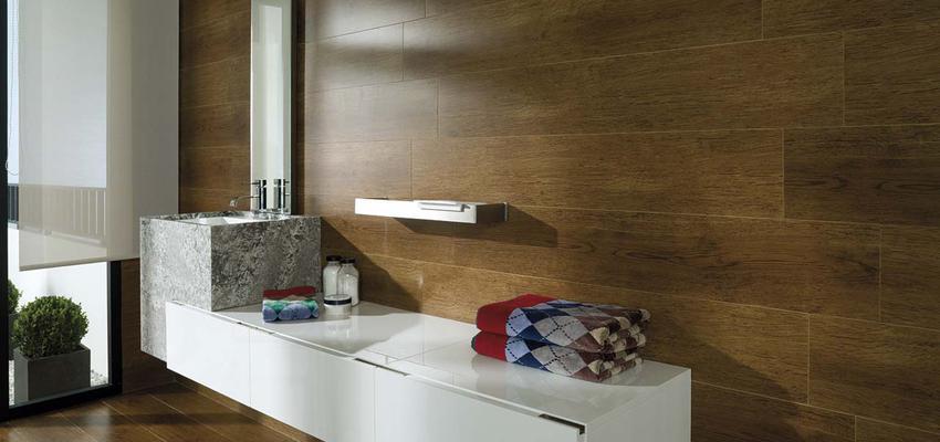 Baño Estilo contemporaneo Color marron, blanco, gris  diseñado por PORCELANOSA | Marca colaboradora | Copyright porcelanosa