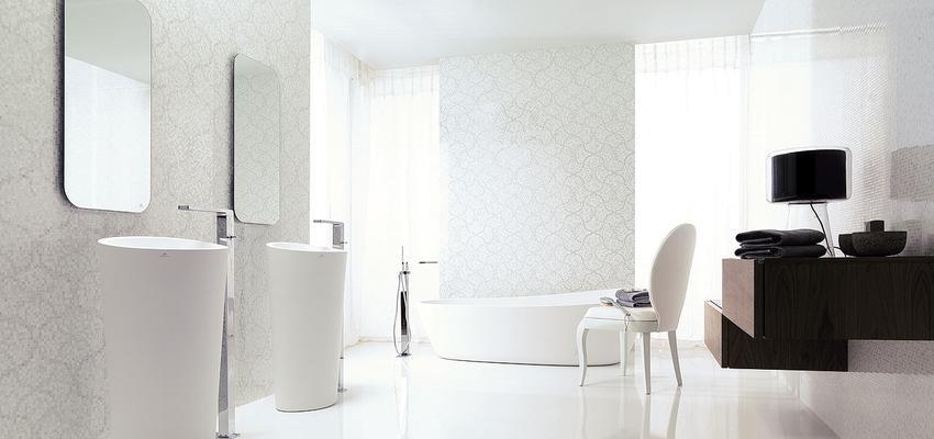 Baño style clasico color marron, blanco, gris  diseñado por PORCELANOSA   Marca colaboradora   Copyright porcelanosa