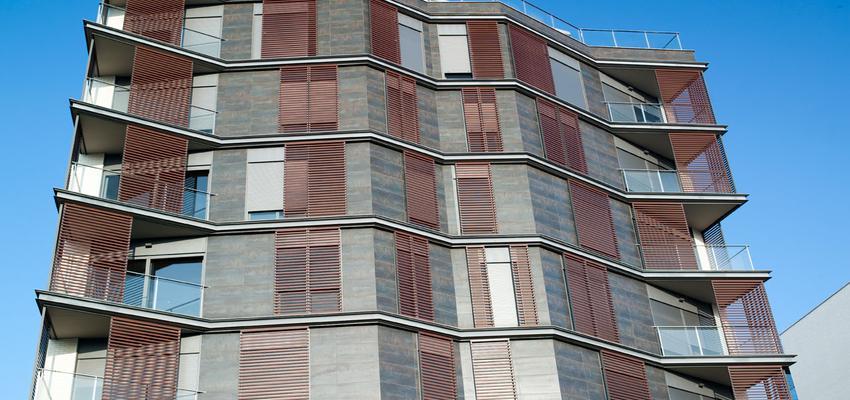 Exterior style contemporaneo color azul, marron, beige, marron  diseñado por PORCELANOSA | Marca colaboradora | Copyright porcelanosa