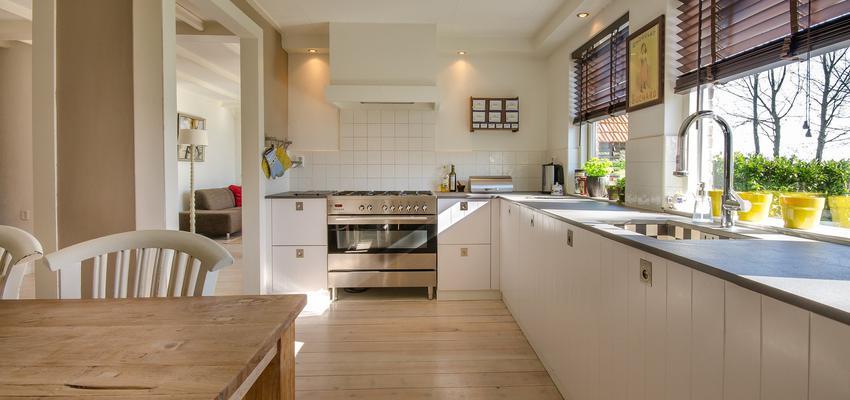 Cocina Estilo rustico Color marron, marron, blanco  diseñado por JOTPRO S.L. | Gremio | Copyright Jot Pro