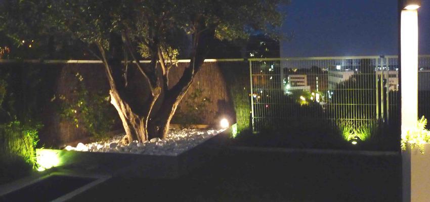 Jardin style contemporaneo color marron, blanco  diseñado por Eva Vidal Mateu - Taller de Paisatge | Paisajista