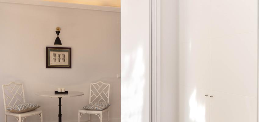 Comedor Estilo contemporaneo Color marron, blanco, gris  diseñado por Galera | Gremio | Copyright Galera