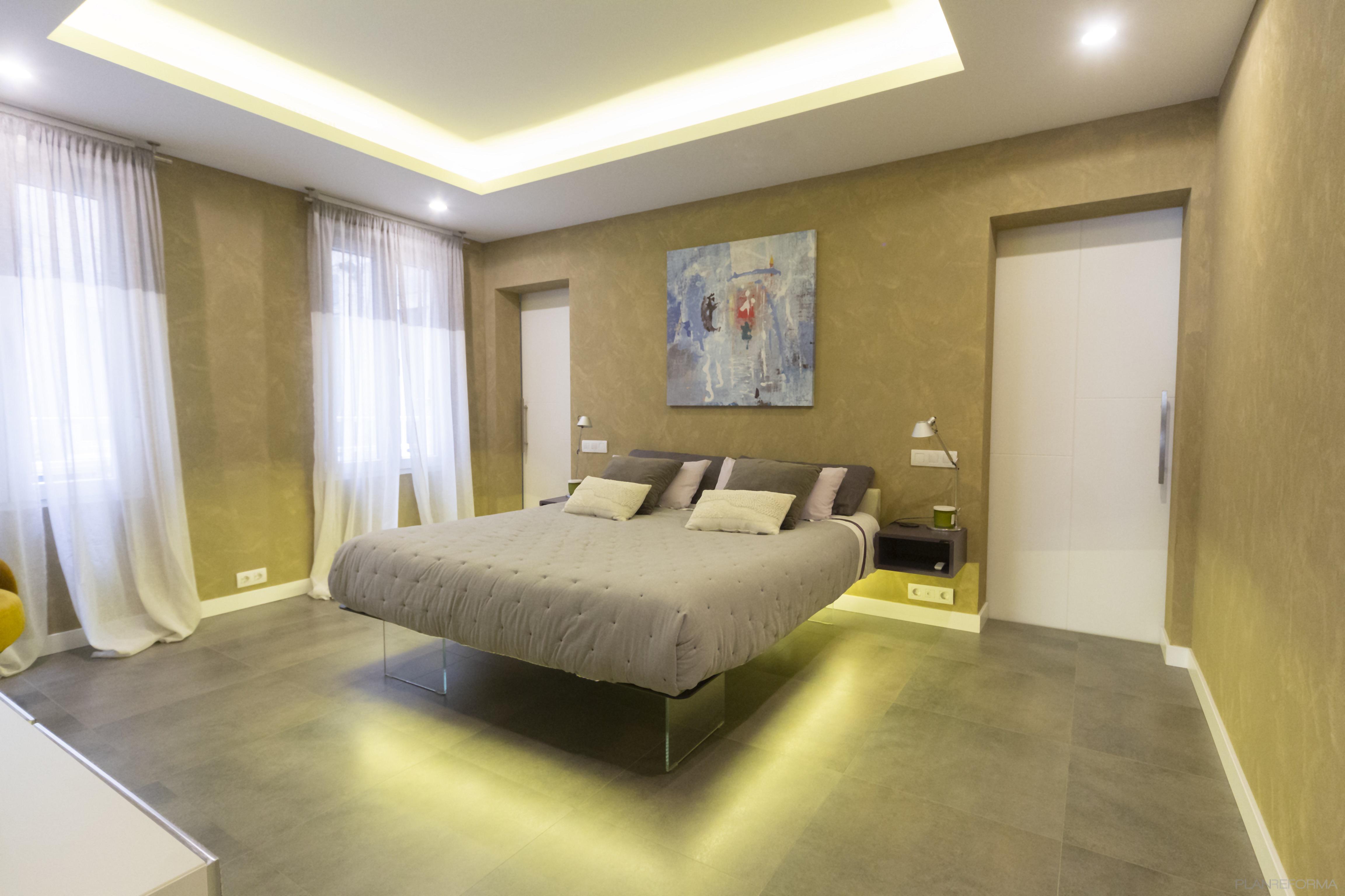 Dormitorio Estilo moderno Color marron, gris, gris  diseñado por Galera | Gremio | Copyright Galera