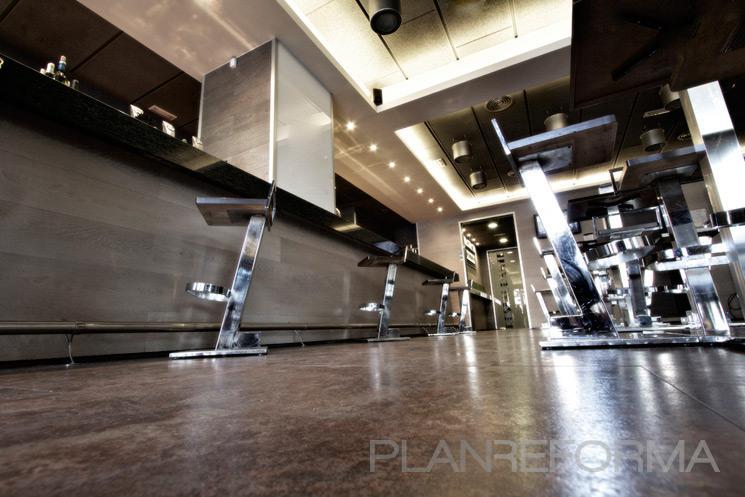 Comedor restaurante cafeteria style moderno color beige gris gris - Listado arquitectos madrid ...